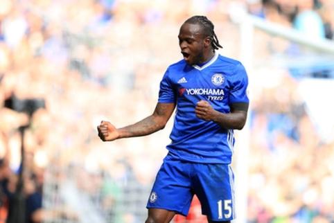 """V. Mosesas po 9 metų ištrūko iš """"Chelsea"""" globos ir kitą sezoną žais Rusijoje"""