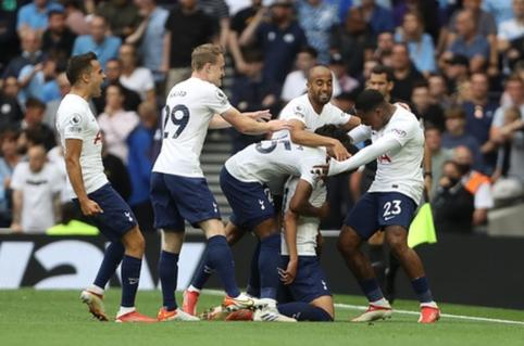 """Pirmajame mače po rinktinių pertraukos """"Tottenham"""" gali verstis net be 7 žaidėjų"""