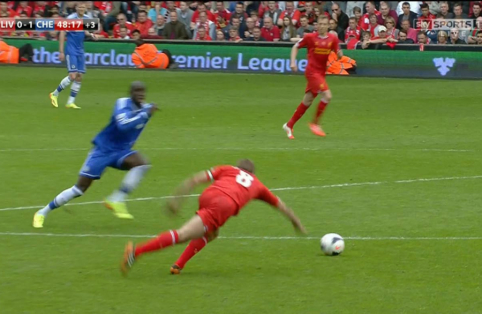 """Futbolo batelius ant vinies pakabino buvęs """"Chelsea"""" ir """"Newcastle"""" puolėjas Demba Ba"""
