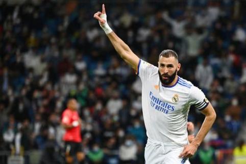 """Prie keturių įvarčių prisidėjęs K. Benzema nepaliko """"Mallorca"""" klubui šansų"""