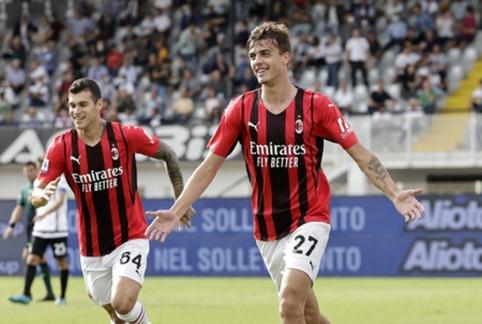 """D. Maldini ir B. Diazo įvarčiai atnešė """"AC Milan"""" pergalę"""