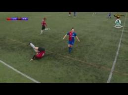 Žaidėja bandė atstatyti kelio girnelę